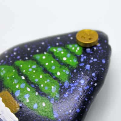 quick and easy rock painting for the holidays